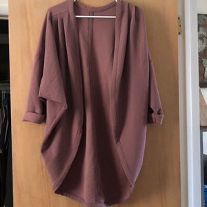 Lucy mauve pull over